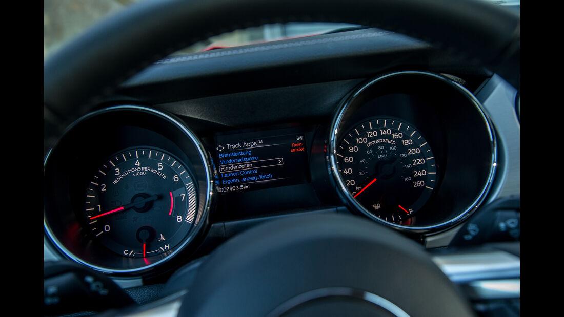 Ford Mustang 5.0 V8, Rundinstrumente