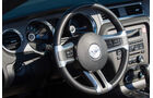 Ford Mustang Cabrio, Cockpit