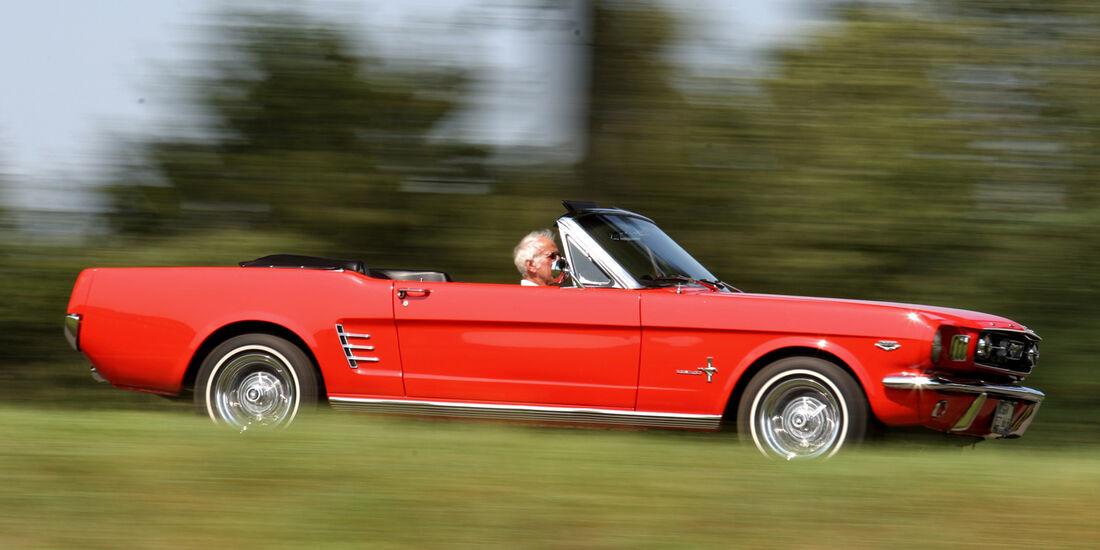Ford Mustang Convertible, Seitenansicht
