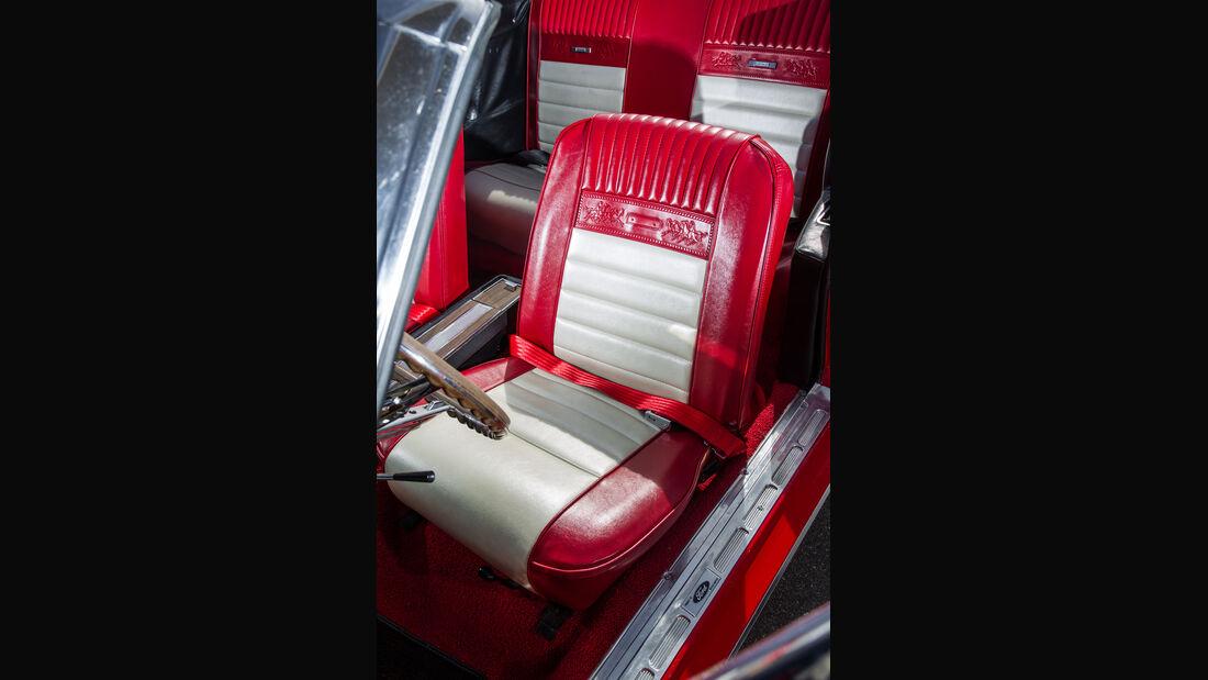 Ford Mustang, Fahrersitz