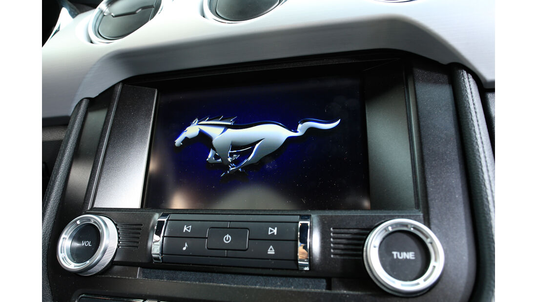 Ford Mustang GT 5.0 Fastback, Anzeige, Display
