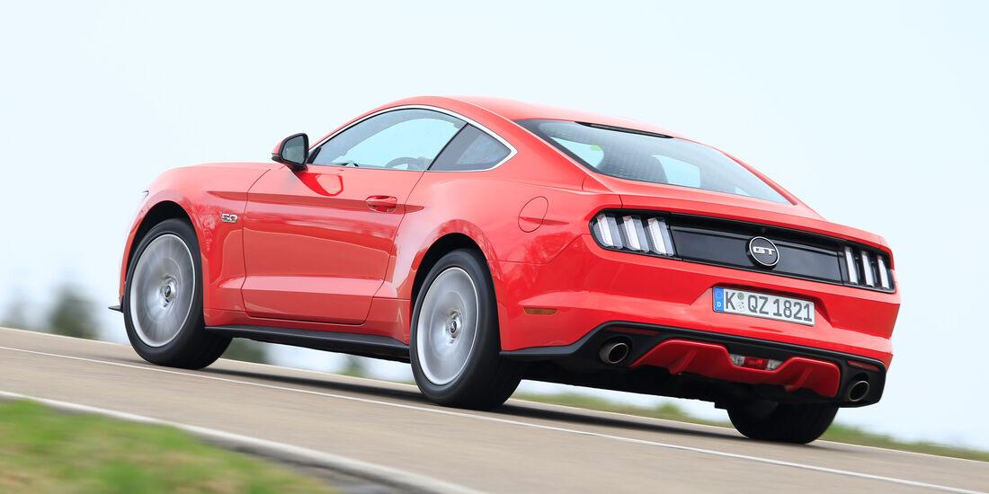 Ford Mustang GT 5.0 Fastback, Heckansicht