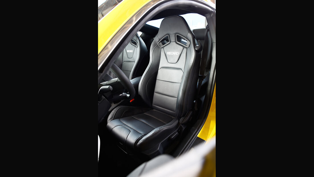 Ford Mustang GT 5.0 Ti-VCT V8, Fahrersitz