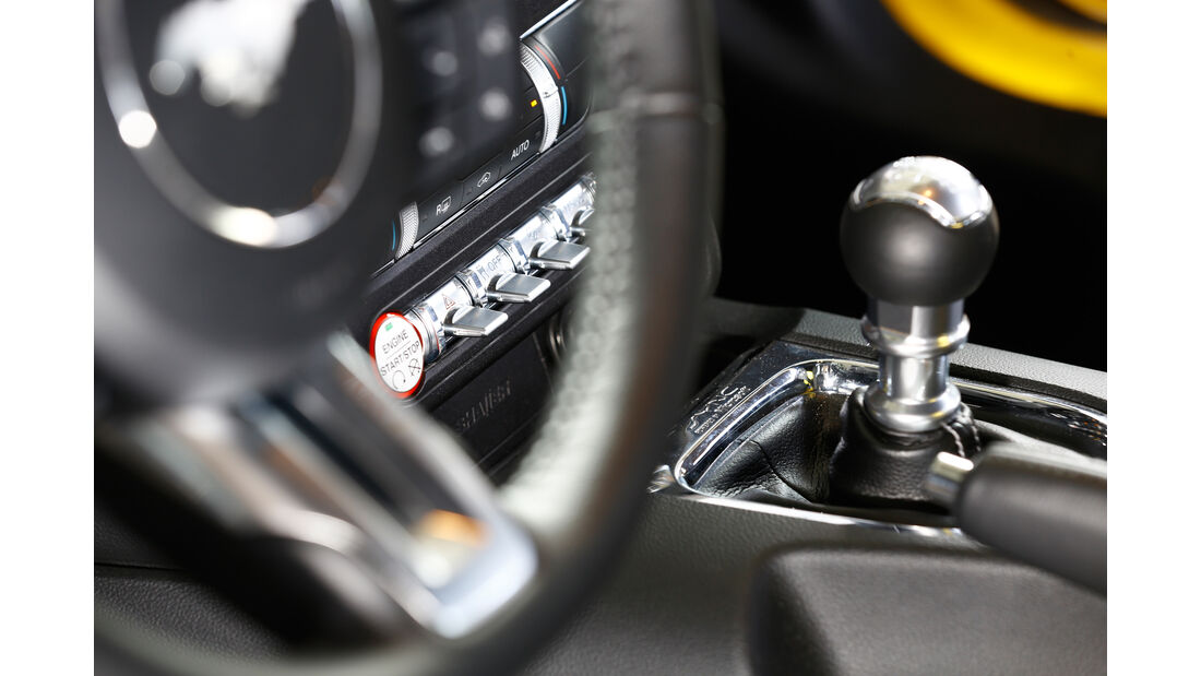Ford Mustang GT 5.0 Ti-VCT V8, Schalthebel