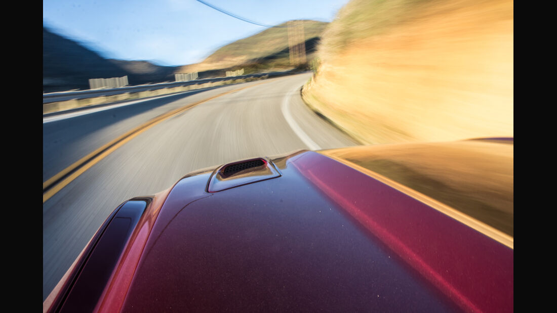 Ford Mustang GT 5.0 VCT V8, Motorhaube