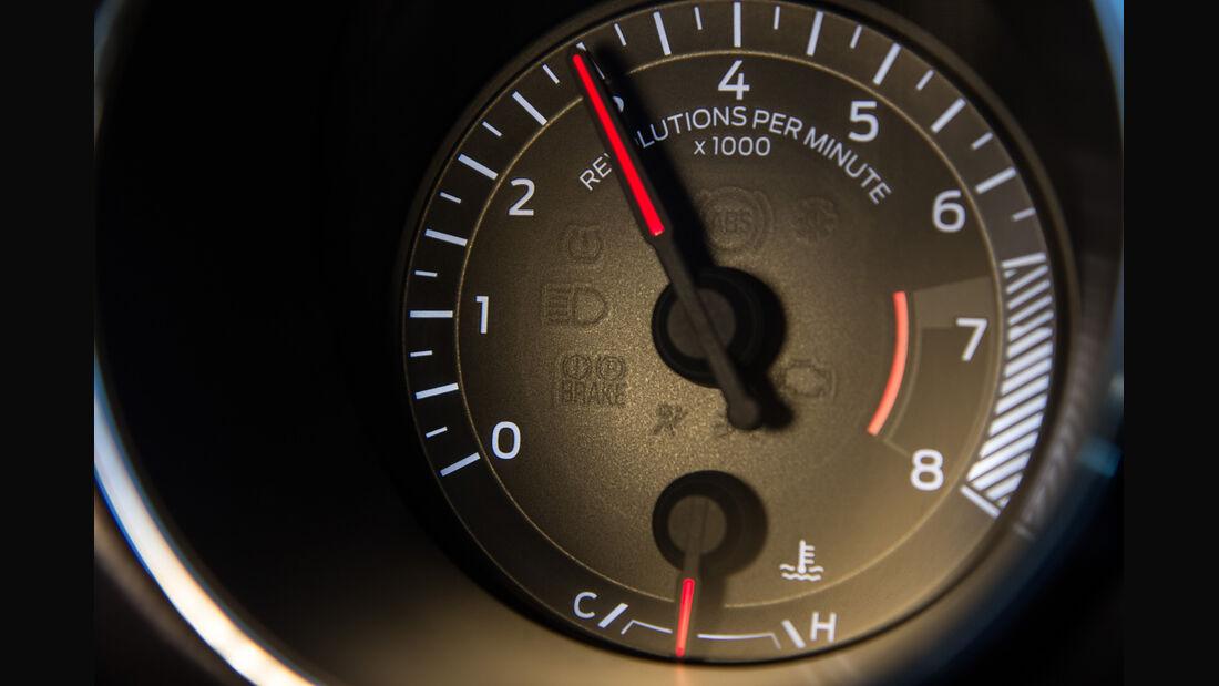 Ford Mustang GT 5.0 VCT V8, Rundinstrument