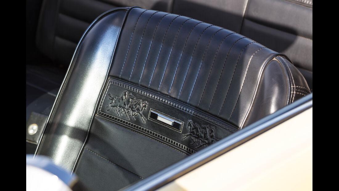 Ford Mustang GT V8 Cabrio, Sitze, Ledermuster