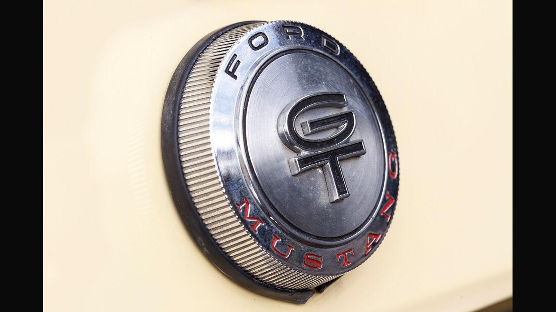 Ford Mustang GT V8 Cabrio, Tankverschluss