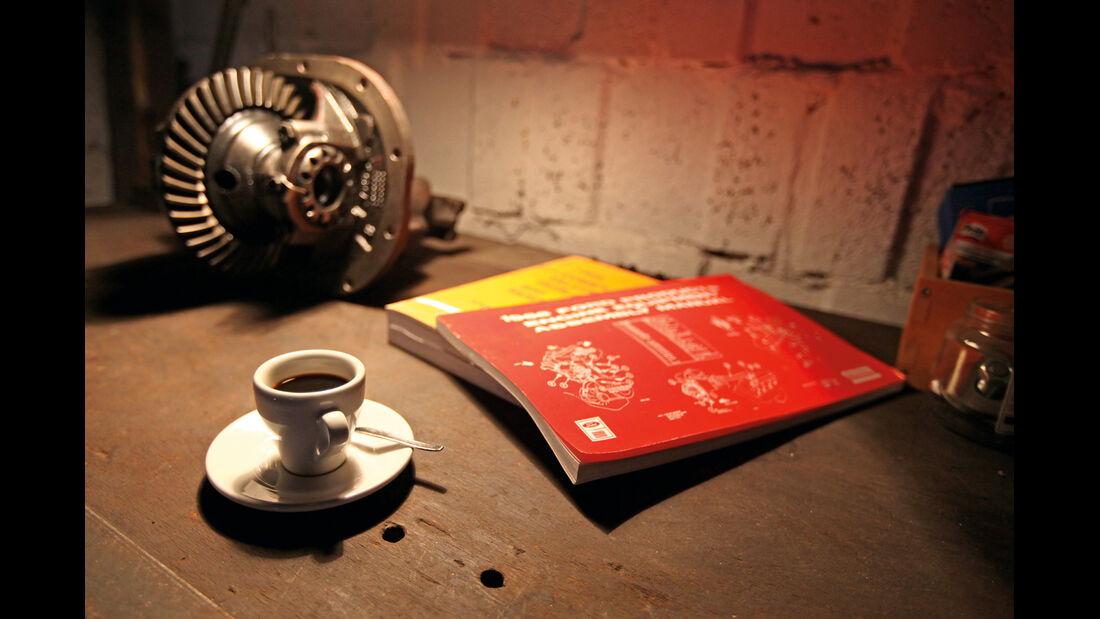 Ford Mustang, Handbücher, Espresso
