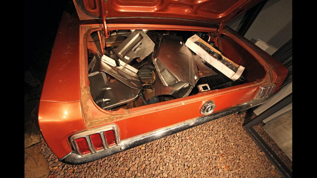 Ford Mustang, Kofferraum, Teile