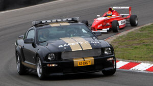 Ford Mustang Safety Car