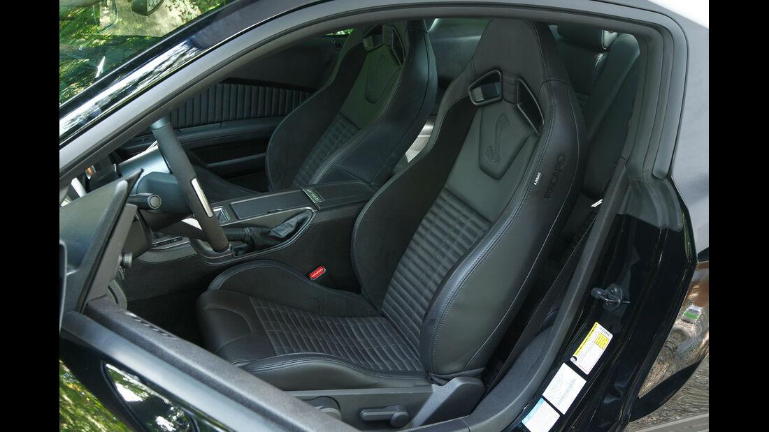 Ford Mustang Shelby GT 500, Fahrersitz, Cockpit