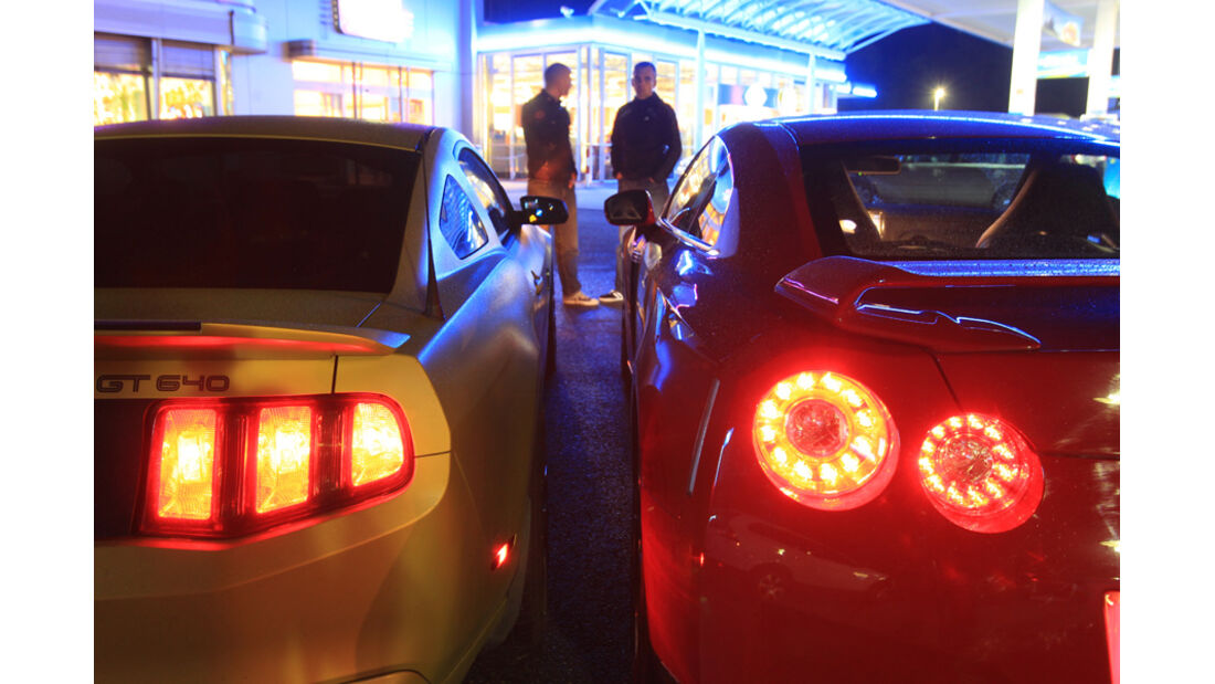 Ford Mustang Shelby GT 640, Nissan GT-R