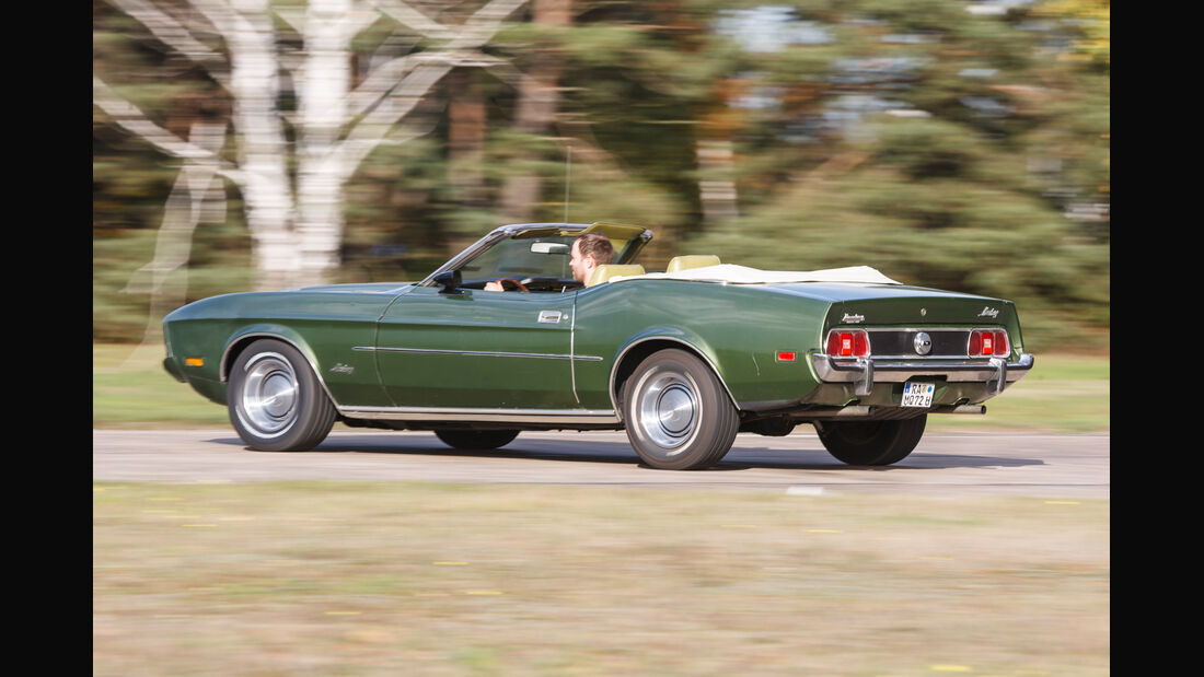 Ford Mustang V8 Cabrio, Seitenansicht