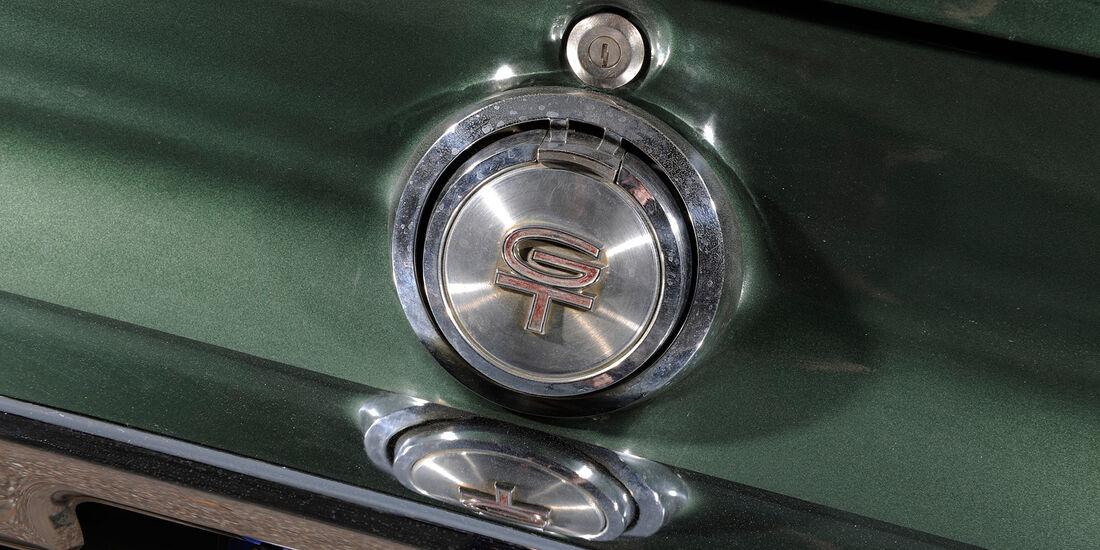 Ford Mustang V8, Kofferraumöffner