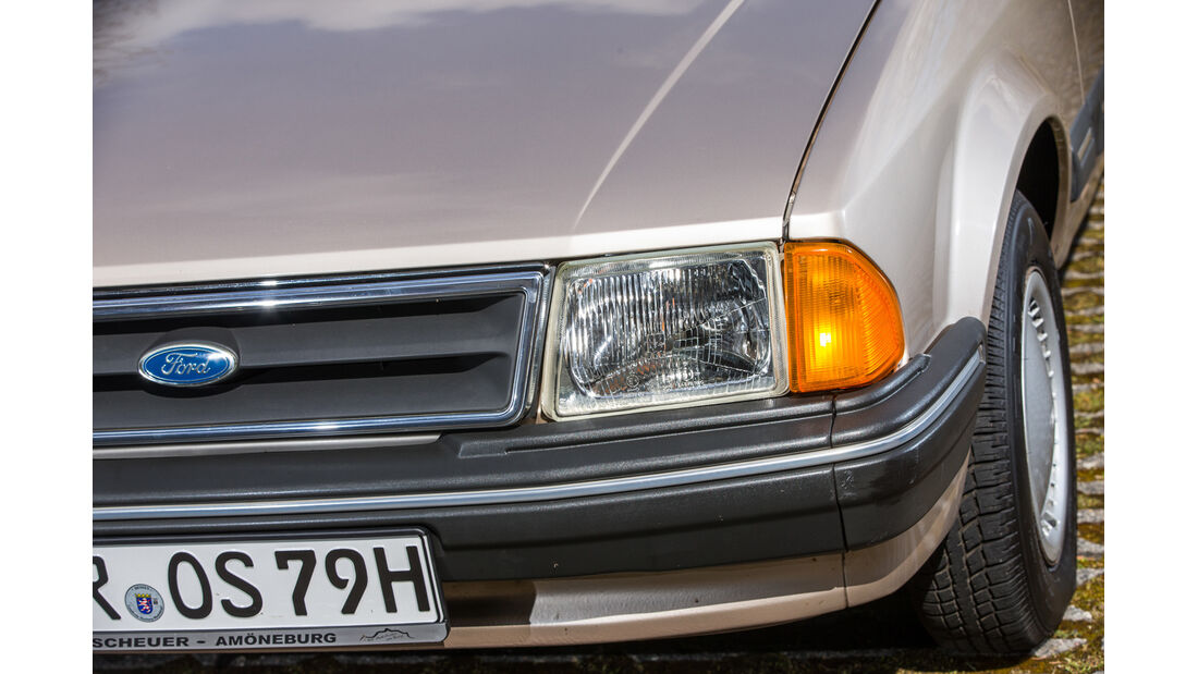 Ford Orion 1.6 GL, Frontscheinwerfer