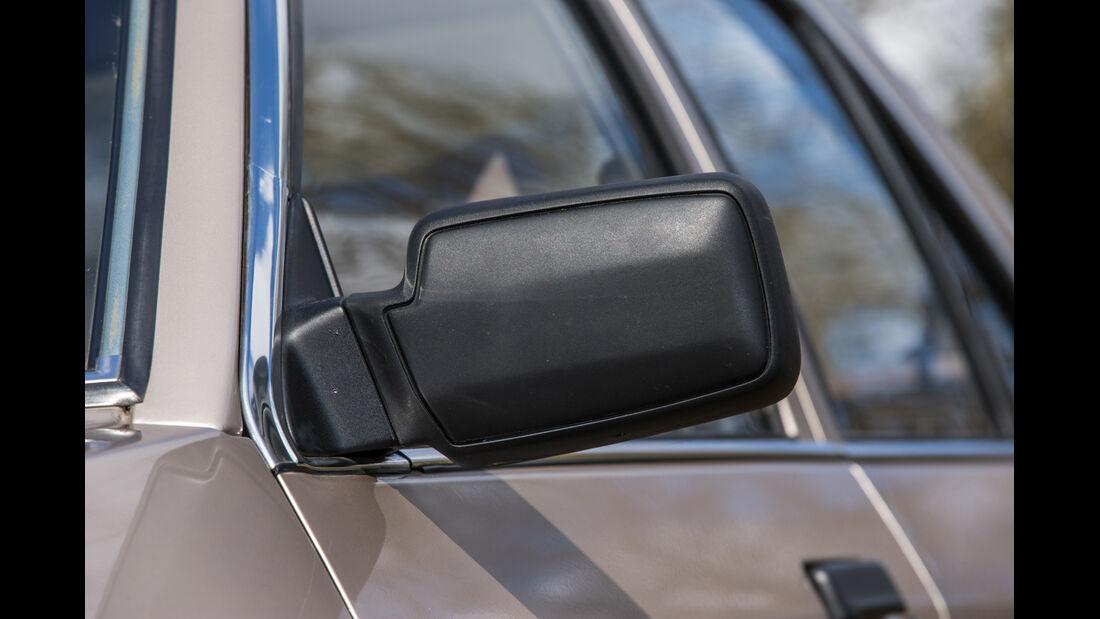 Ford Orion 1.6 GL, Seitenspiegel