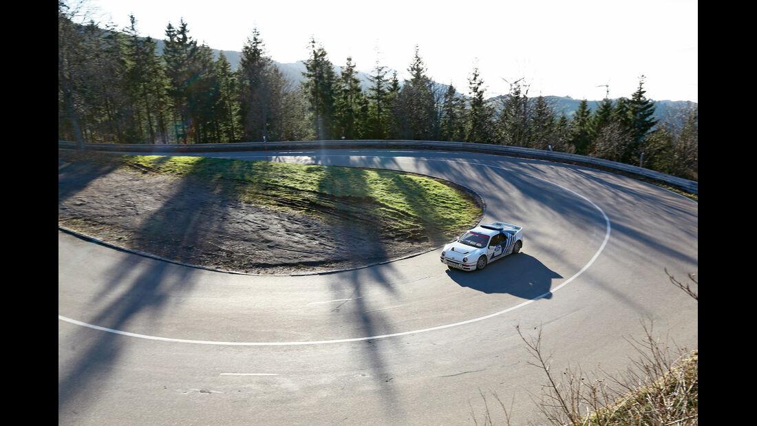 Ford RS 200, Kurvenfahrt