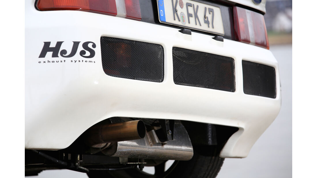Ford RS200, Endrohre