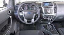 Ford Ranger 2.2 TDCi Doppelkabine Limited, Cockpit, Lenkrad