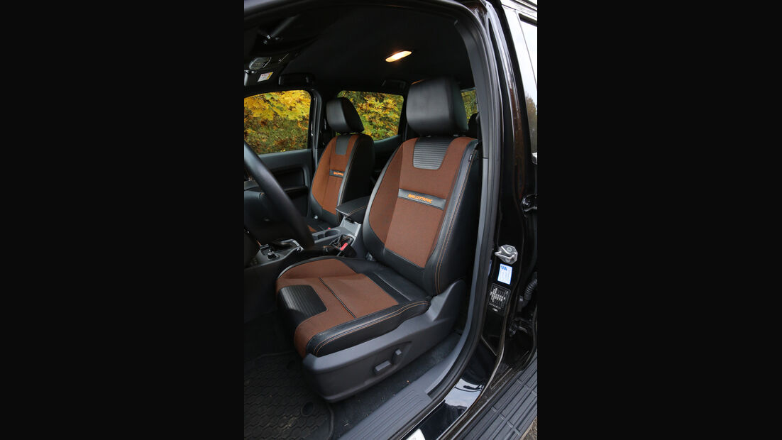 Ford Ranger 3.2 TDCi, Fahrersitz