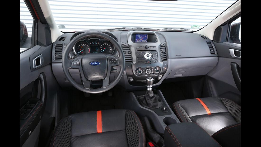 Ford Ranger Wildtrak, Cockpit