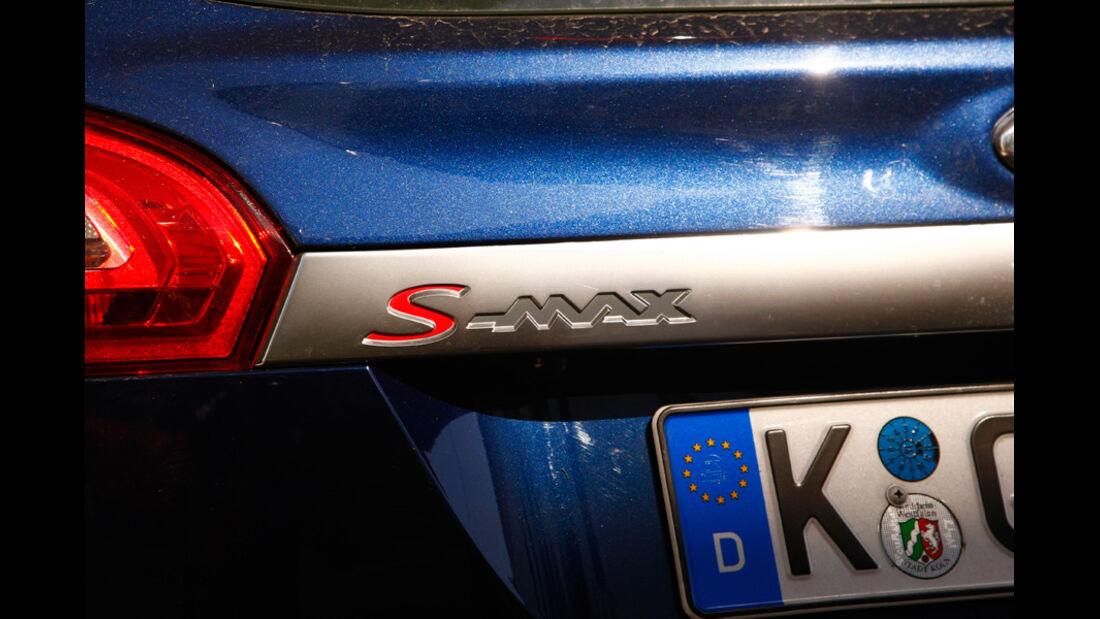 Ford S-MAX 1.6 EcoBoost Titanium, Typenbezeichnung, Emblem