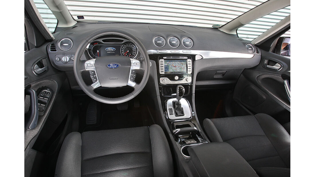 Ford S-Max 2.0 Eco-Boost, Cockpit