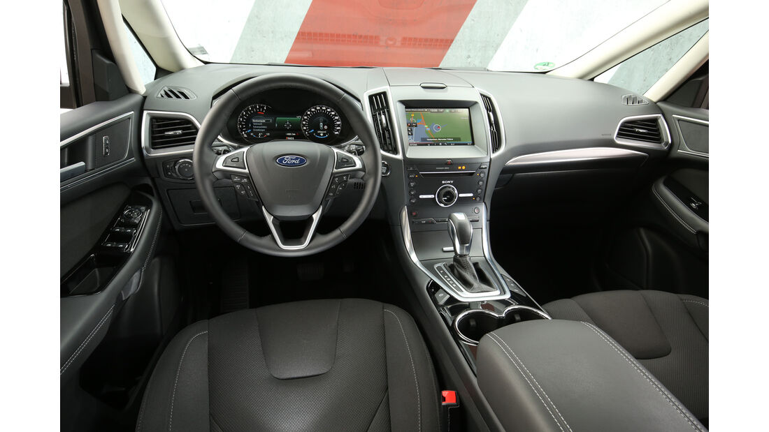 Ford S-Max 2.0 TDCI 4x4, Cockpit