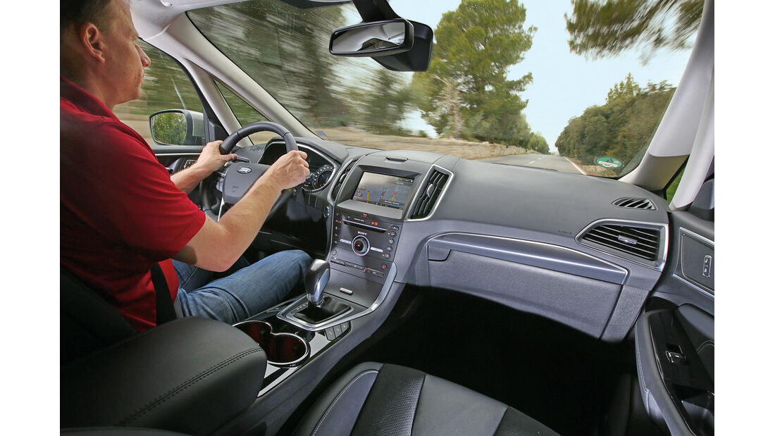 Ford S-Max 2.0 TDCi, Cockpit
