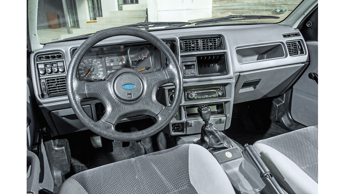 Ford Sierra 2.0i, Cockpit
