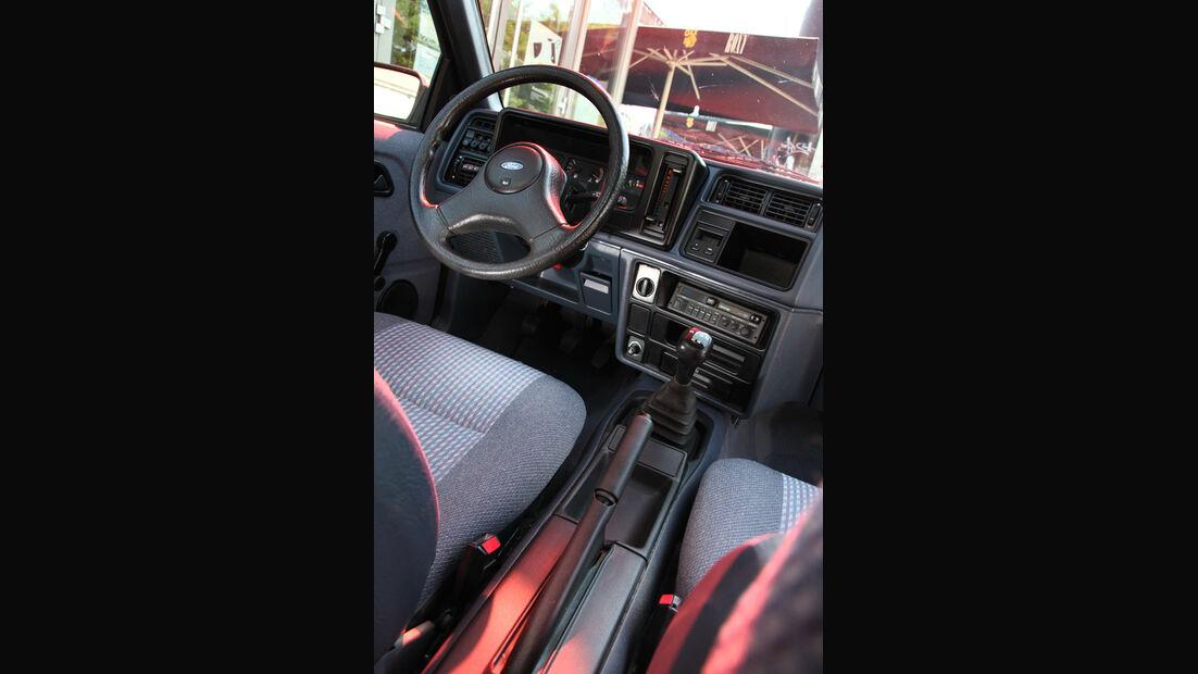 Ford Sierra 2.0i LX, Cockpit, Lenkrad