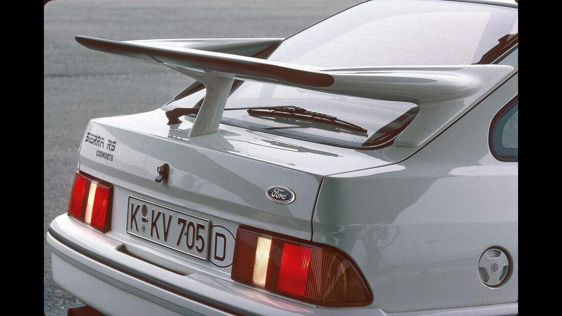 Ford Sierra, Spoiler