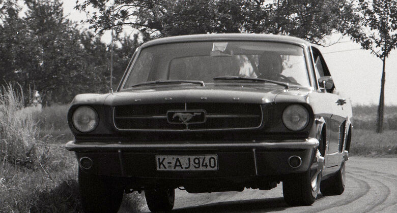 Ford T5 Mustang Test AUTO MOTOR UND SPORT 17/1964