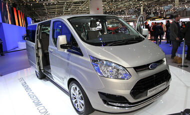 ford tourneo custom news auto motor und sport. Black Bedroom Furniture Sets. Home Design Ideas