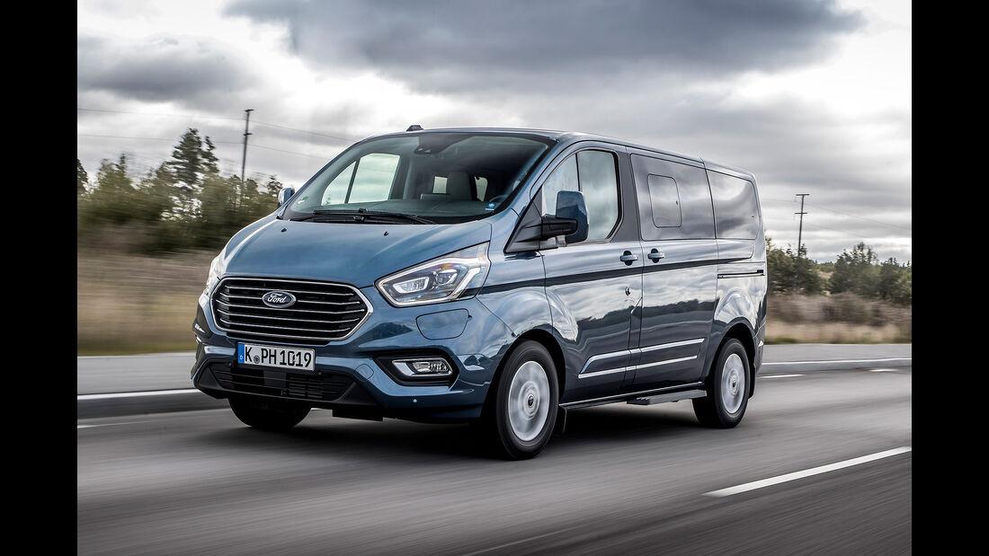 Ford Tourneo Custom PHEV 2019