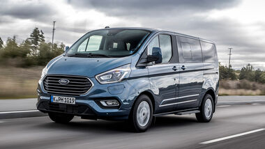 Ford Tourneo Custom PHEV 2019