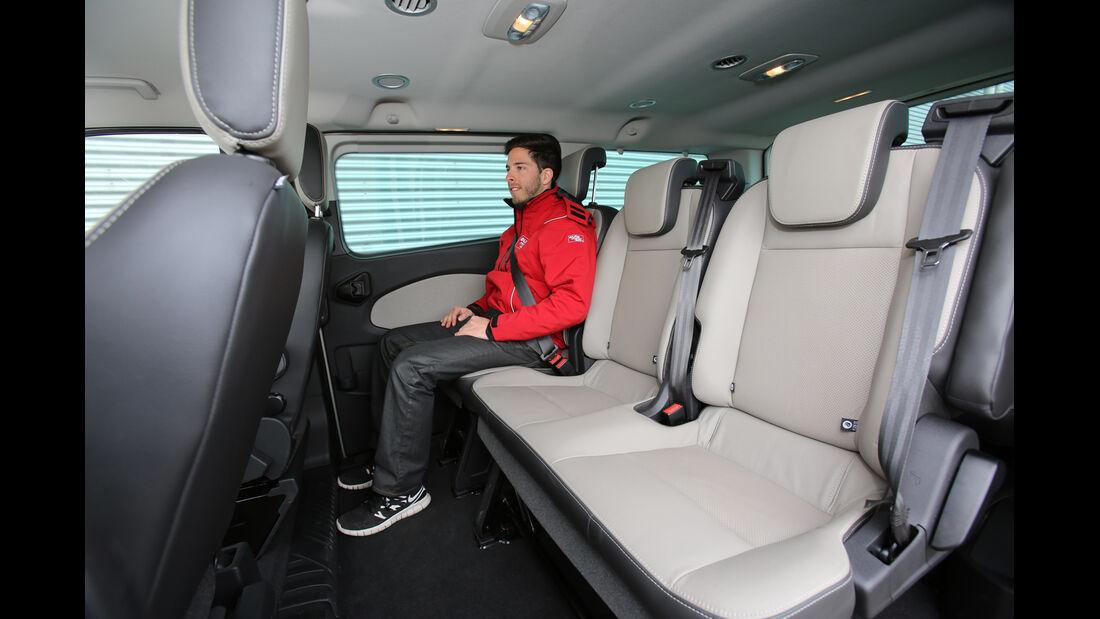 Ford Tourneo Custom, Rücksitz, Beinfreiheit