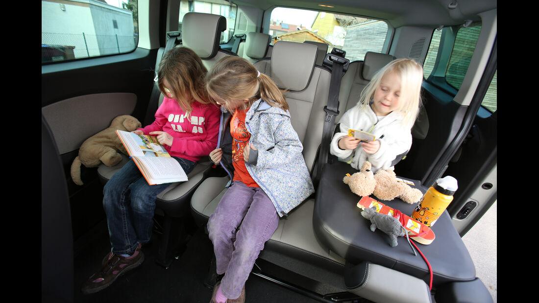 Ford Tourneo Custom, Rücksitz, Kinder