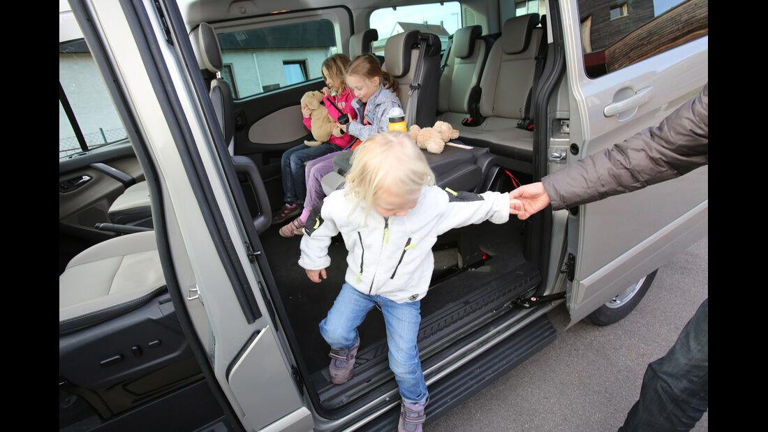 Ford Tourneo Custom, Seitentür, Trittstufe