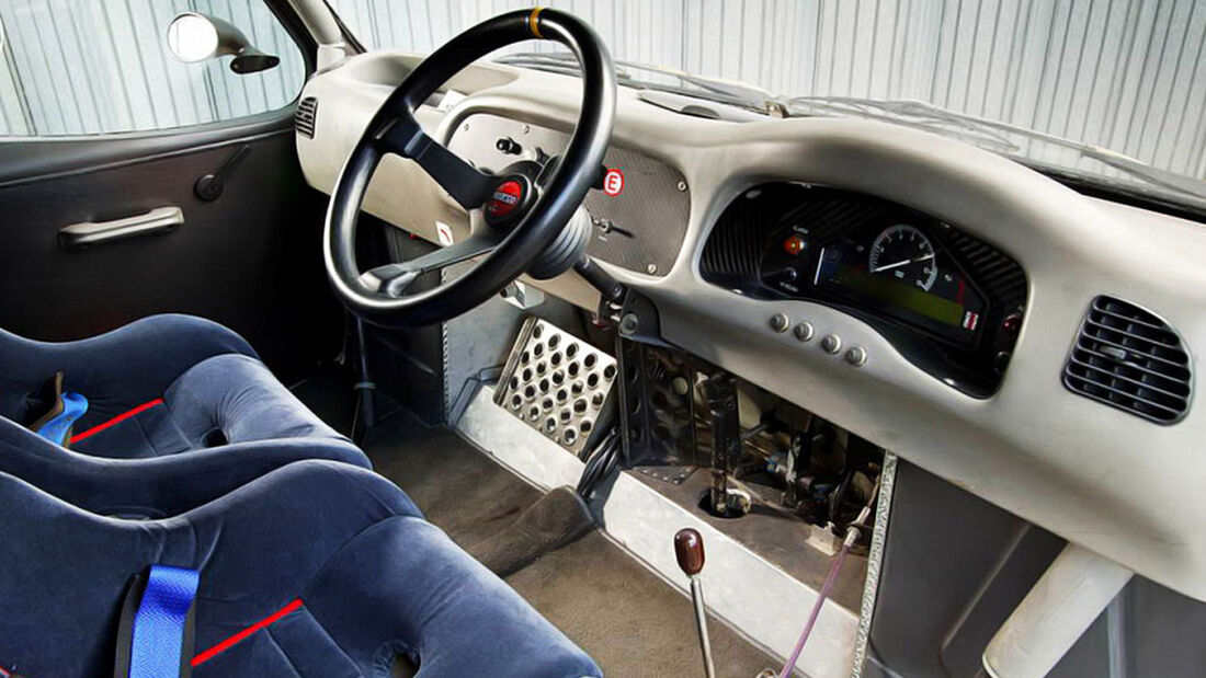 Ford Transit Supervan 3 MK4 Racing Van