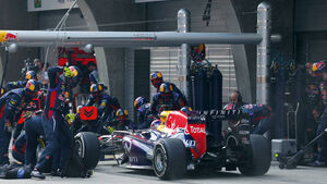 Formel 1 GP China 2013 Sebastian Vettel Boxenstopp