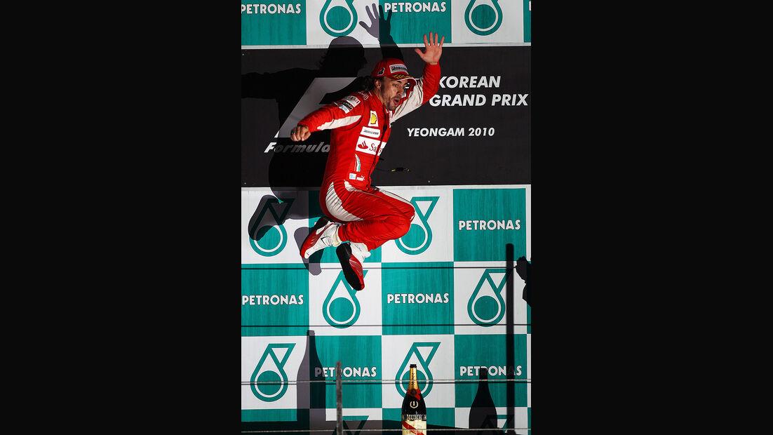 Formel 1 GP Korea 2010 Alonso Sprung