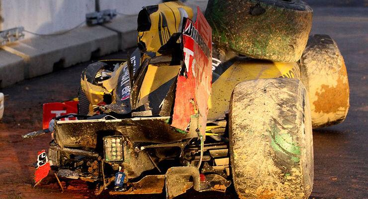 Formel 1 GP Korea 2010 Petrov Crash