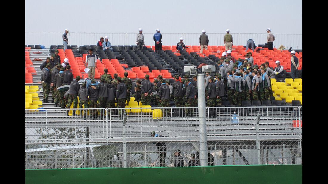 Formel 1 GP Korea 2010 Strecke Tribüne Militär
