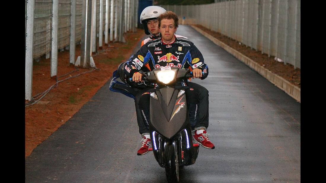 Formel 1 GP Korea 2010 Vettel Roller
