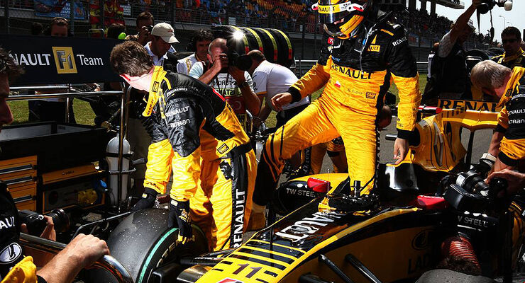 Formel 1 GP Türkei 2010 Robert Kubica Renault