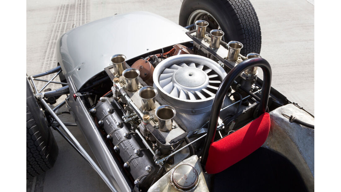 Formel 1-Porsche 804, Motor