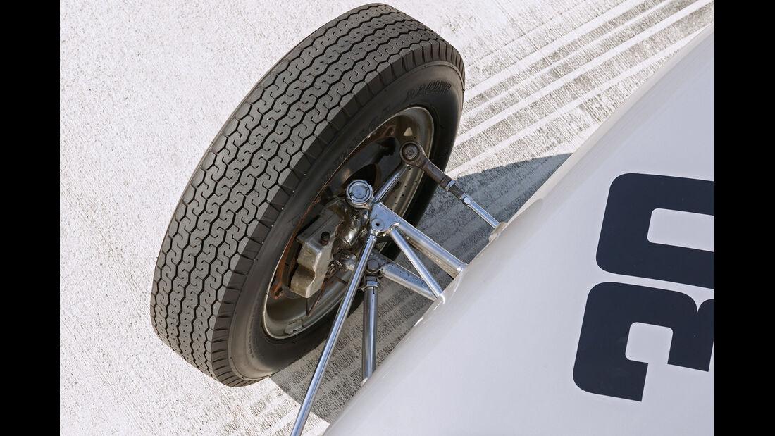 Formel 1-Porsche 804, Rad, Radaufhängung