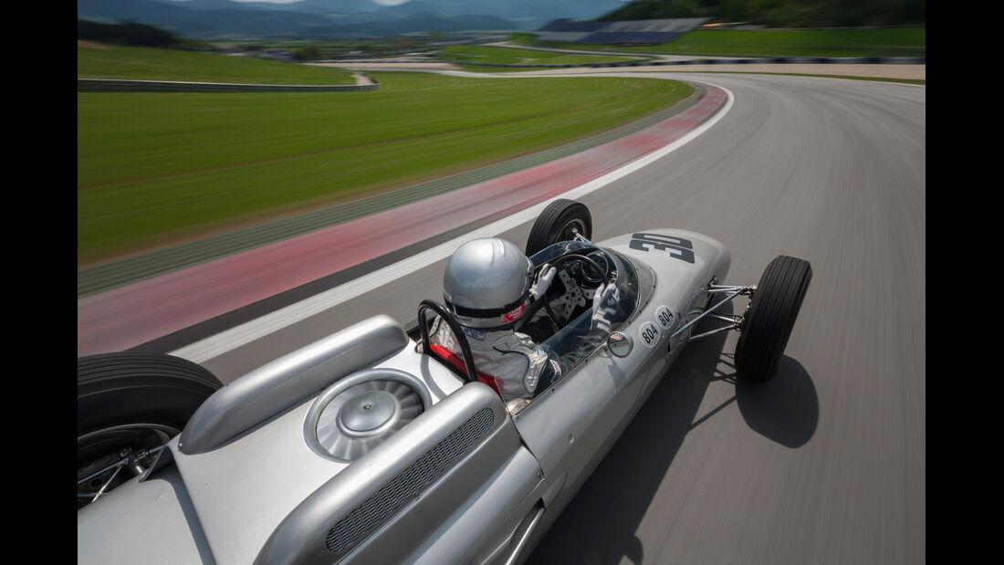 Formel 1-Porsche 804, Seitenlinie